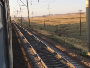 taksidi-me-treno-tou-peiraia-peiraias-stigmes-stathmoi-perioxes-gotravelyourselfgr