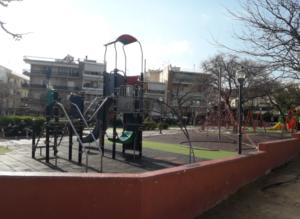 plateia-memou-korudallos-kounies-parko-metro-korudalllou-gotravelyourselfgr